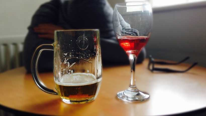 Does beer or wine give you a worse hangover? Drinking side effects