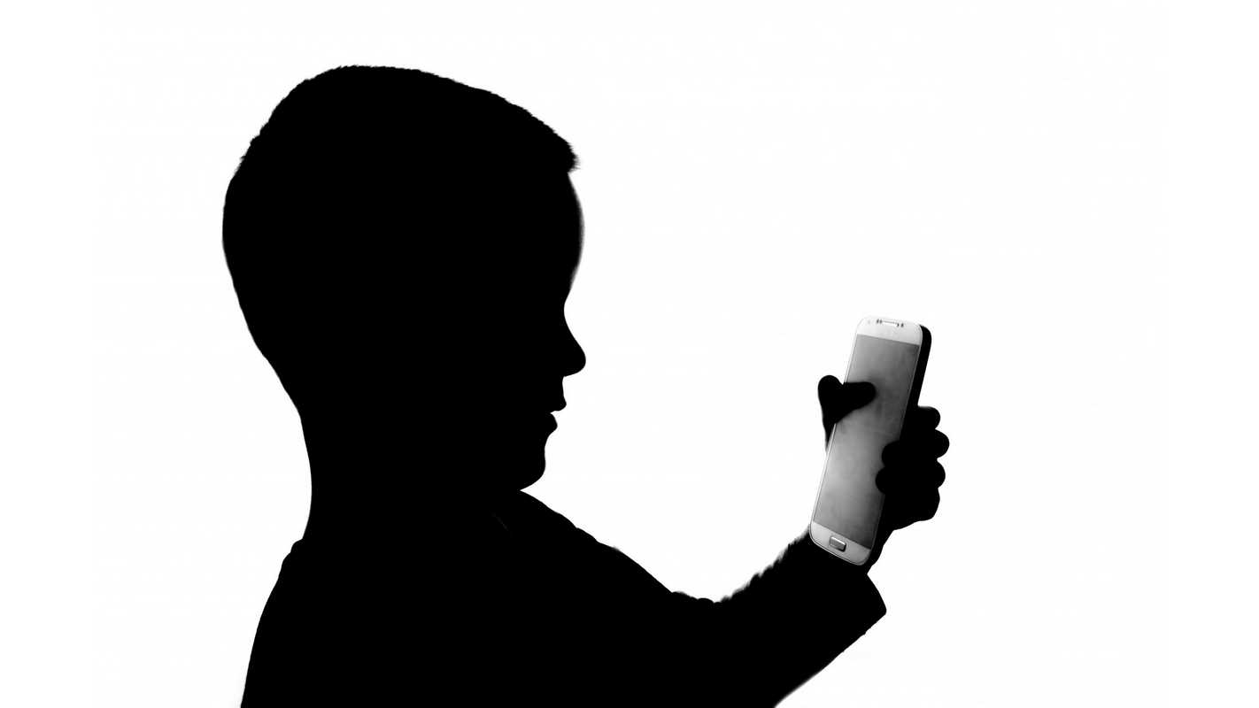Should kids have cell phones? Pros and cons - netivist
